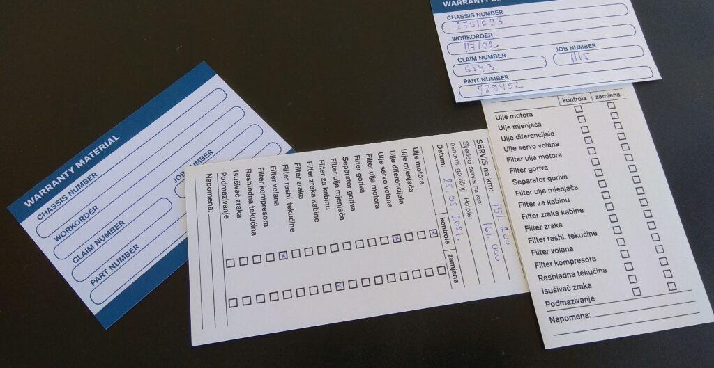 Profesionalne papirne naljepnice s ručnom dodanim tekstom